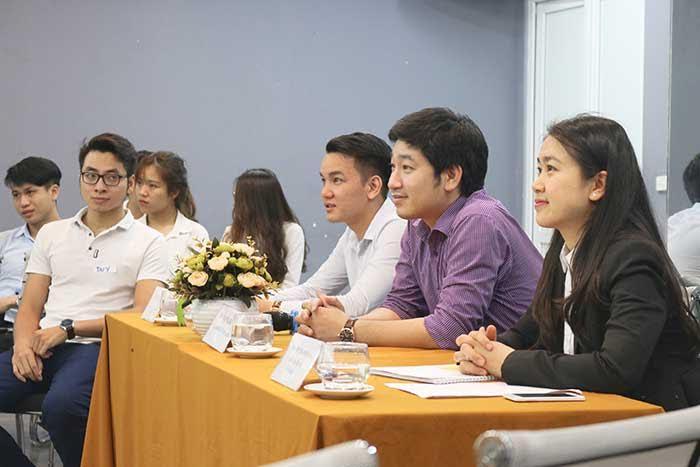 Ban giám khảo của Cuộc thi 'Gương mặt thuyết trình NOVA'