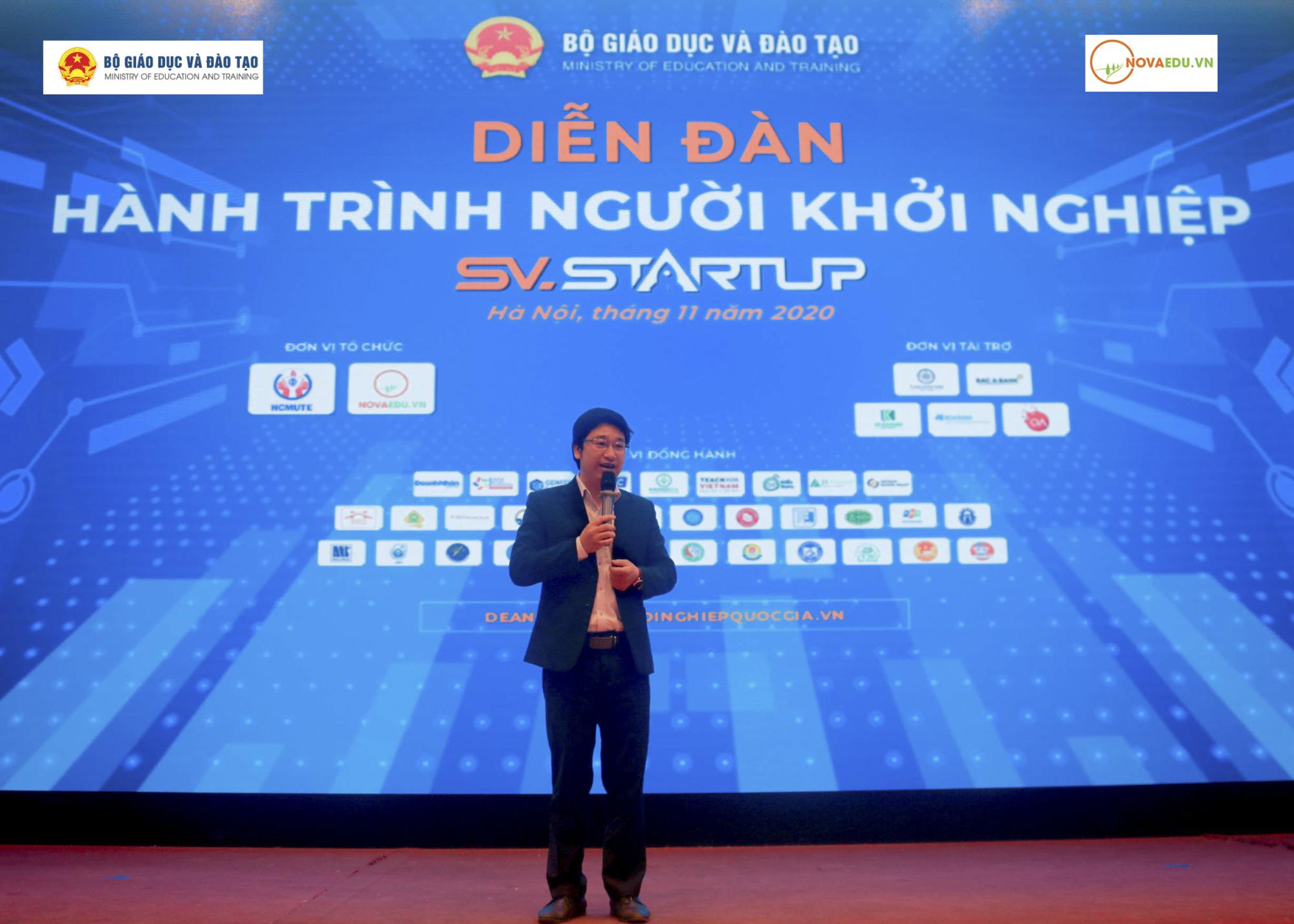 Ông Đỗ Mạnh Hùng – Chủ tịch HĐQT kiêm Tổng Giám đốc Novaedu chia sẻ tại diễn đàn